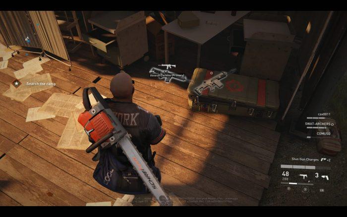 マップ中には武器やグレネード、治療キットなど様々なアイテムが隠されている。