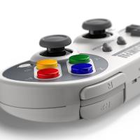 8Bitdo SF30 Pro GamePad
